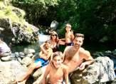 بوفون برفقة العائلة في البحيرة