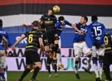 أداء غير موفق من حكم مباراة إنتر ميلانو وسامبدوريا وتقنية الفيديو تنقذه