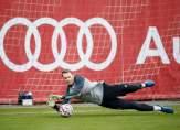 بطولة ألمانيا: فليك قلق من الاعتماد الزائد على نوير