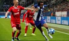 اليونايتد يصارع بقوة ريال مدريد على صفقة دفاعية