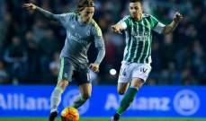 كاسترو في طريقه للتجديد مع ريال بيتيس