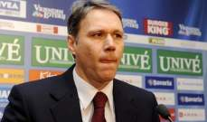 فان باستن : الدفاع هي مشكلة المانيا الوحيدة في يورو 2012