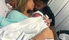 فريد ينشر صور لمولوده الجديد