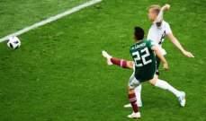 لوزانو ينال جائزة افضل لاعب في مباراة المانيا و المكسيك