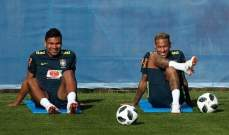 مزاح بين نيمار وكاسيميرو قبل لقاء الفريقين
