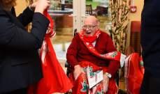 تكريم مشجع ليفربول في عيد ميلاده الـ104