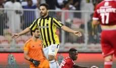 اتحاد جدة يجدد عقد مهاجمه العرياني لـ3 مواسم