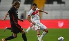 قائد كرواتيا يكتشف إصابته بفيروس كورونا خلال مباراة تركيا