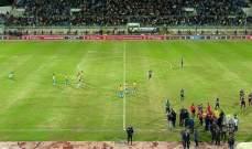 الشغب الجماهيري يوقف مباراة الاسماعيلي المصري والافريقي التونسي