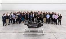 شركة مكلارين تنتج اول هيكل مصنوع بالكامل من ألياف الكربون