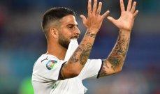 احتجاجات مستمرة من لاعبي ايطاليا على حكم اللقاء طوال الشوط الاول