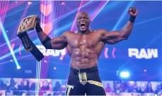 لاشلي ثالث مصارع من أصول أفريقية يفوز باللقب في تاريخ المصارعة