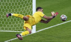 دوناروما يكشف سبب عدم احتفاله بعد التصدي لاخر ركلة ترجيح في نهائي يورو 2020
