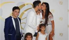 فابريغاس ودانييلا يتزوجان في زفاف ذات طابع لبناني