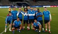 صورة استعراضية لنجوم ريال مدريد في الامارات