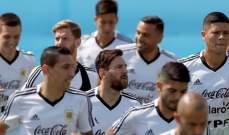 لاعبو منتخب الارجنتين يزورون مصفف الشعر قبل مباراة فرنسا