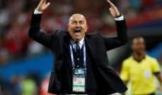 تجديد عقد مدرب منتخب روسيا