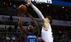 NBA : بلايزرز يفوز على هورنيتس و27 نقطة لرودني هوود