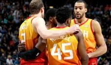 NBA : جاز يفوز على سبيرز و23 نقطة لدونافن ميتشل