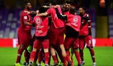 لاعبو قطر يحتفلون على طريقتهم بعيد ميلاد حامد اسماعيل