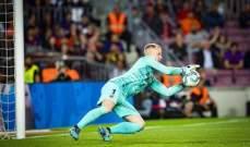 شتيغن يقترب من تجديد عقده مع برشلونة
