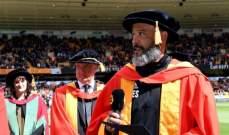 سانتو ينال دكتوراه فخرية من جامعة وولفرهامبتون