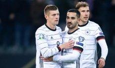 بعد اعتزال كروس اللعب الدولي الجماهير الألمانية تترقب مصير مولر وهاميلز وغوندوغان