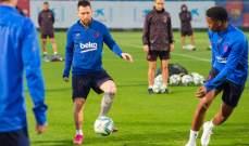 برشلونة يستعيد ميسي وسواريز وأومتيتي في تمارينه