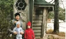 كيمي رايكونين مع اولاده