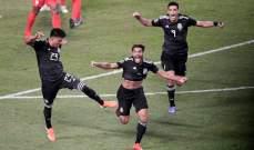 المكسيك تتوج بلقب الكأس الذهبية