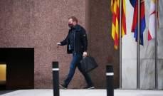 كومان يطلب صفقتين من مرشحي رئاسة برشلونة