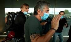 صورة لوالد ميسي فور وصوله إلى برشلونة