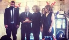 الرئيس عون منح ابي خليل وسام الاستحقاق الفضي