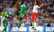 انتهاء الشوط الاول بتقدم السنغال 1 - 0 امام بولندا