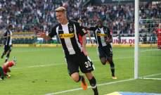 ادارة مونشغلادباخ تمدد عقد لاعبها السويسري