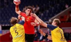 اسبانيا تخرج السويد من طوكيو في كرة اليد ومدرب فرنسا يتحدث بعد الفوز على البحرين