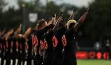 دوري الكرة الأميركي يعاود نشاطه باحتفالية قاتمة ومخاوف من كورونا