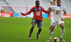 مدافع ستراسبورغ دجيكو يتعرض لاصابة في مباراة موناكو