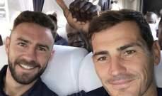 كاسياس ينشر صورة مع اللبناني المكسيكي ميغيل ليون