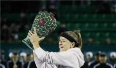 موتشوفا تحرز لقب بطولة سيول للتنس