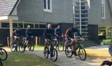 لاعبو هولندا على الدراجات الهوائية