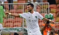 عمر السومة يغيب عن اهلي جدة 4 مباريات بسبب كأس آسيا