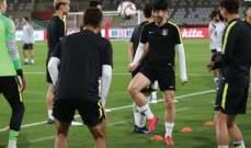 سون يشارك في تدريبات كوريا الجنوبية