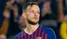 وكيل راكيتيتش: لن يرحل عن برشلونة في الصيف