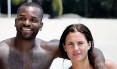 لاعب انكليزي سابق يكتشف خيانة زوجته له