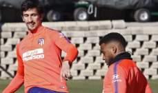اتلتيكو مدريد يستعيد مهاجمه المخضرم