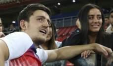 ماغواير يرحب بولادة ابنته الجديدة على طريقته الخاصة