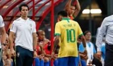 نيمار يخرج مصابًا من مباراة البرازيل أمام نيجيريا