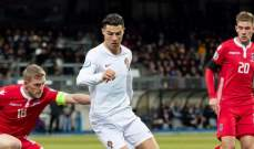 موجز المساء: البرتغال تحسم التاهل لكاس اوروبا، اقالة غريبة لمدرب في ايطاليا وفيرستابن يفوز بسباق جائزة البرازيل الكبرى