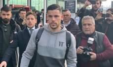 كارليس بيريز يصل إلى روما قادما من برشلونة